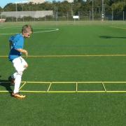 Vídeo Ejercicios de Futbol para niños. Coordinación y Psicomotricidad